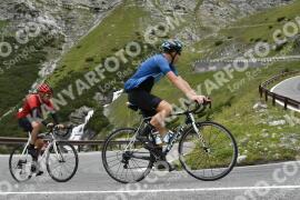 Photo #1756108   18-08-2021 09:31   Passo Dello Stelvio - Waterfall BICYCLE riders