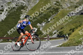 Photo #1835131 | 26-08-2021 10:17 | Passo Dello Stelvio - Waterfall BICYCLE riders