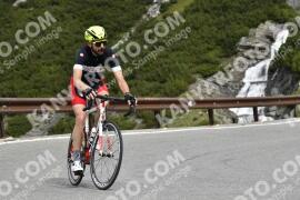 Photo #1018171 | 17-07-2020 10:01 | Passo Dello Stelvio - Waterfall BICYCLE riders