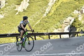 Photo #1734186   14-08-2021 09:21   Passo Dello Stelvio - Waterfall BICYCLE riders
