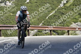 Photo #1527023 | 12-07-2021 09:22 | Passo Dello Stelvio - Waterfall BICYCLE riders