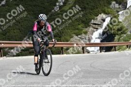Photo #1535522   16-07-2021 09:38   Passo Dello Stelvio - Waterfall BICYCLE riders