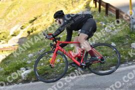 Photo #1490426 | 06-07-2021 09:19 | Passo Dello Stelvio - Waterfall BICYCLE riders