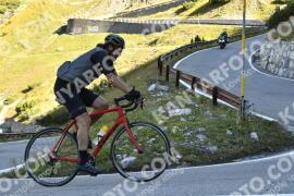 Photo #1851928 | 01-09-2021 09:35 | Passo Dello Stelvio - Waterfall BICYCLE riders