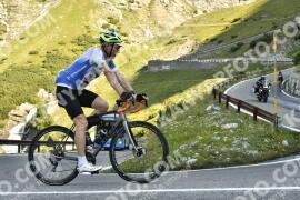 Photo #1722275 | 13-08-2021 09:25 | Passo Dello Stelvio - Waterfall BICYCLE riders