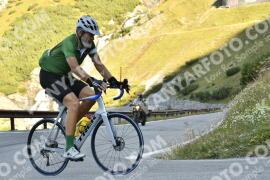 Photo #1308847 | 18-09-2020 09:38 | Passo Dello Stelvio - Waterfall BICYCLE riders