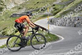Foto #1458223   03-07-2021 09:22   Passo Dello Stelvio - Waterfall BICYCLE riders