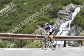 Photo #1171179 | 18-08-2020 10:02 | Passo Dello Stelvio - Waterfall BICYCLE riders