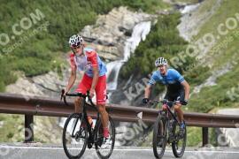 Photo #1164729 | 16-08-2020 09:31 | Passo Dello Stelvio - Waterfall BICYCLE riders