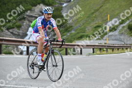 Photo #1052449 | 25-07-2020 09:00 | Passo Dello Stelvio - Waterfall BICYCLE riders