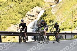 Photo #1478487 | 04-07-2021 09:09 | Passo Dello Stelvio - Waterfall BICYCLE riders