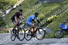 Photo #976657 | 04-07-2020 09:15 | Passo Dello Stelvio - Waterfall BICYCLE riders