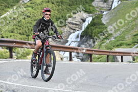 Photo #1046855 | 22-07-2020 09:25 | Passo Dello Stelvio - Waterfall BICYCLE riders
