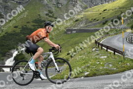 Photo #1674789   08-08-2021 09:27   Passo Dello Stelvio - Waterfall BICYCLE riders