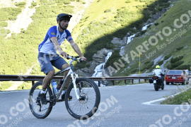 Photo #814987 | 18-08-2019 09:11 | Passo Dello Stelvio - Waterfall BICYCLE riders