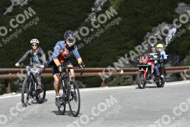 Photo #1831026 | 25-08-2021 10:30 | Passo Dello Stelvio - Waterfall BICYCLE riders