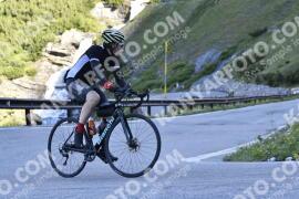 Photo #1478475 | 04-07-2021 09:01 | Passo Dello Stelvio - Waterfall BICYCLE riders