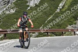 Photo #1626571   30-07-2021 09:51   Passo Dello Stelvio - Waterfall BICYCLE riders
