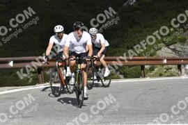 Photo #1837801 | 27-08-2021 09:56 | Passo Dello Stelvio - Waterfall BICYCLE riders