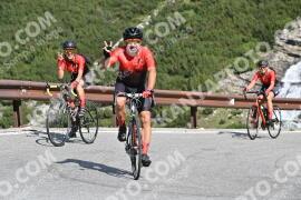 Photo #1585676 | 23-07-2021 09:46 | Passo Dello Stelvio - Waterfall BICYCLE riders