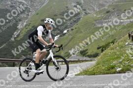 Photo #1594399   24-07-2021 09:16   Passo Dello Stelvio - Waterfall BICYCLE riders