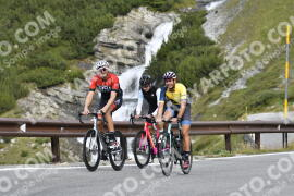 Photo #1266136 | 10-09-2020 09:48 | Passo Dello Stelvio - Waterfall BICYCLE riders