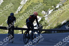 Photo #1230972 | 03-09-2020 09:24 | Passo Dello Stelvio - Waterfall BICYCLE riders