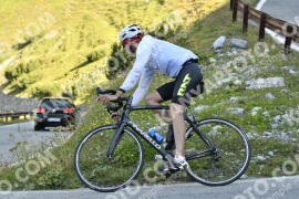 Photo #1196976 | 22-08-2020 09:34 | Passo Dello Stelvio - Waterfall BICYCLE riders