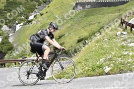 Photo #1612590 | 26-07-2021 10:33 | Passo Dello Stelvio - Waterfall BICYCLE riders