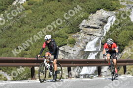 Photo #1952940 | 13-09-2021 10:58 | Passo Dello Stelvio - Waterfall BICYCLE riders