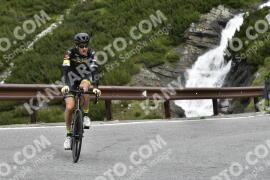 Photo #1648878 | 05-08-2021 09:45 | Passo Dello Stelvio - Waterfall BICYCLE riders