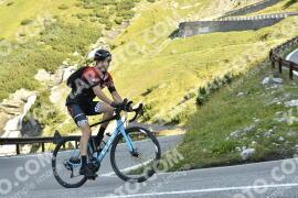 Photo #1787158 | 21-08-2021 09:44 | Passo Dello Stelvio - Waterfall BICYCLE riders