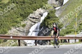 Photo #1482521   05-07-2021 09:17   Passo Dello Stelvio - Waterfall BICYCLE riders