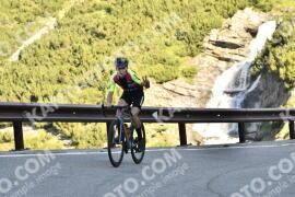Photo #1517811   10-07-2021 09:12   Passo Dello Stelvio - Waterfall BICYCLE riders