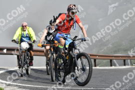 Photo #734416 | 21-07-2019 09:32 | Passo Dello Stelvio - Waterfall BICYCLE riders