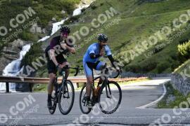 Photo #976651 | 04-07-2020 09:15 | Passo Dello Stelvio - Waterfall BICYCLE riders