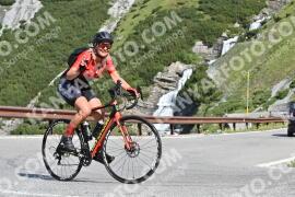 Photo #1585699 | 23-07-2021 09:47 | Passo Dello Stelvio - Waterfall BICYCLE riders