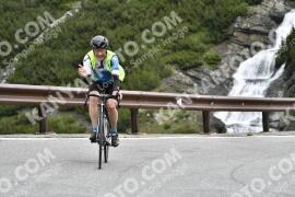 Photo #1533586 | 14-07-2021 09:37 | Passo Dello Stelvio - Waterfall BICYCLE riders