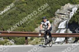 Photo #1909078   06-09-2021 09:50   Passo Dello Stelvio - Waterfall BICYCLE riders