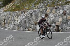Photo #1916522 | 08-09-2021 10:22 | Passo Dello Stelvio - Waterfall BICYCLE riders