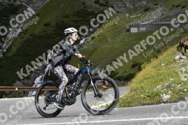 Photo #1831033 | 25-08-2021 10:30 | Passo Dello Stelvio - Waterfall BICYCLE riders
