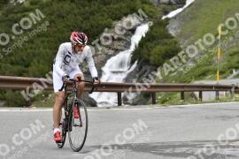 Photo #1501242   09-07-2021 09:35   Passo Dello Stelvio - Waterfall BICYCLE riders