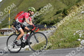 Photo #1236370 | 04-09-2020 09:54 | Passo Dello Stelvio - Waterfall BICYCLE riders