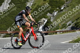 Photo #1034898 | 19-07-2020 09:40 | Passo Dello Stelvio - Waterfall BICYCLE riders