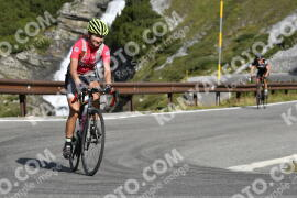 Photo #1236368 | 04-09-2020 09:54 | Passo Dello Stelvio - Waterfall BICYCLE riders