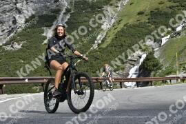 Photo #1533226 | 13-07-2021 09:26 | Passo Dello Stelvio - Waterfall BICYCLE riders