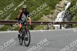 Photo #838221 | 25-08-2019 09:24 | Passo Dello Stelvio - Waterfall BICYCLE riders