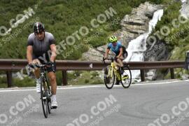 Photo #1756129   18-08-2021 09:36   Passo Dello Stelvio - Waterfall BICYCLE riders