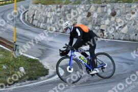 Photo #1765315   19-08-2021 09:31   Passo Dello Stelvio - Waterfall BICYCLE riders