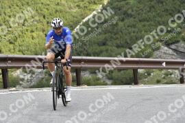 Photo #1607678 | 25-07-2021 08:58 | Passo Dello Stelvio - Waterfall BICYCLE riders